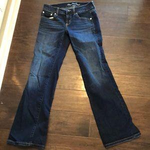 NWOT American Eagle favorite boyfriend jeans 2S